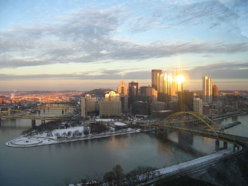 Pittsburgh_from_Mt_Washington_by_Jennifer_Yang