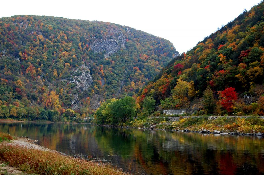 Used Travel Trailer >> Travel Destinations: The Best Fall Leaves in NJ | Crossroads Trailer Sales Blog