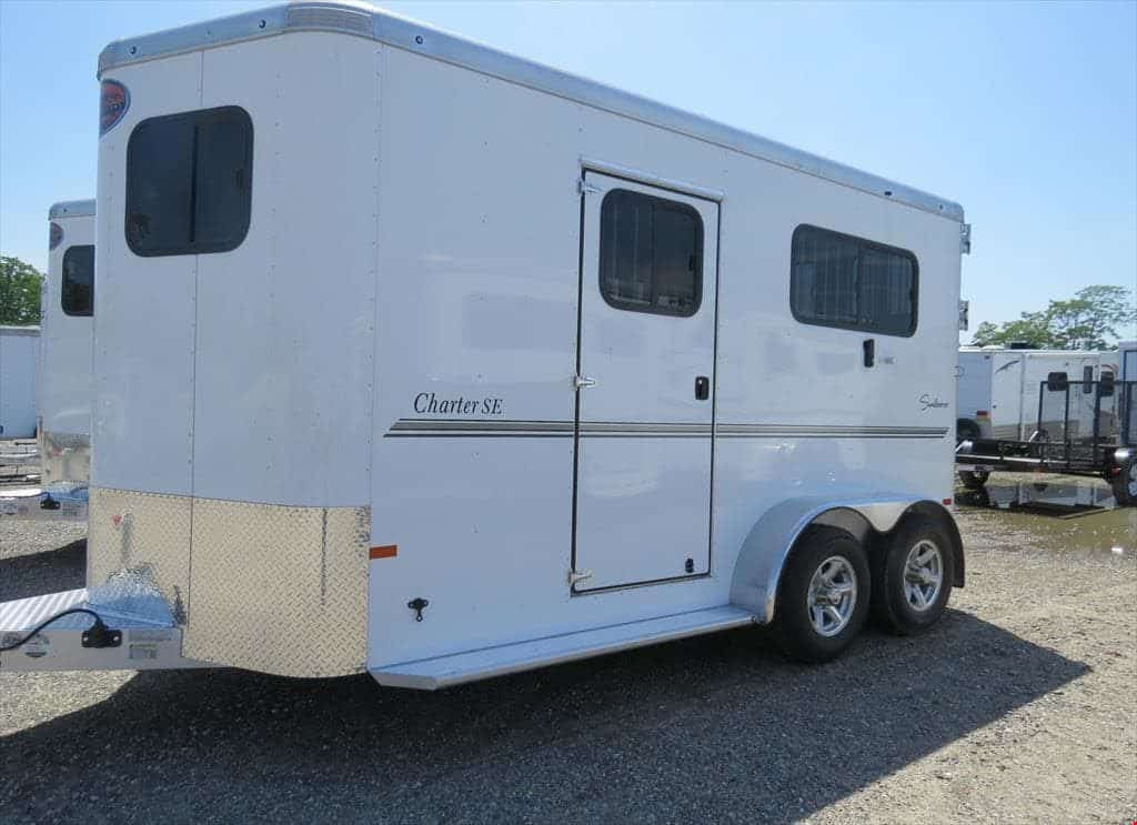 sundowner bumper pull horse trailer